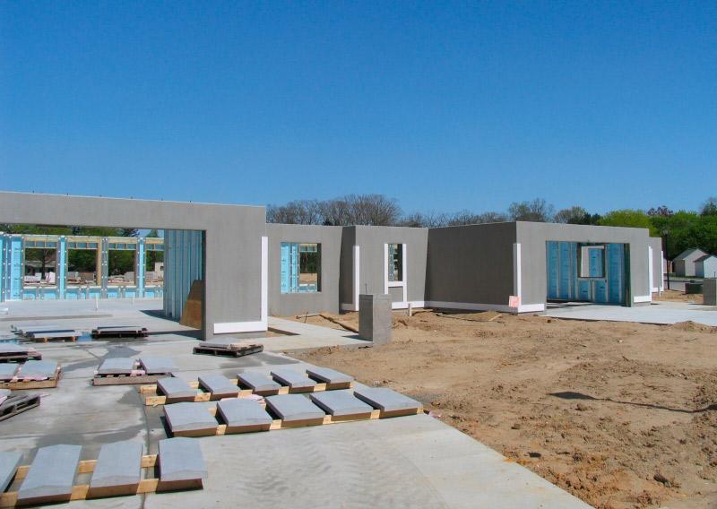 terreno edificable con paneles prefabricados de hormigón